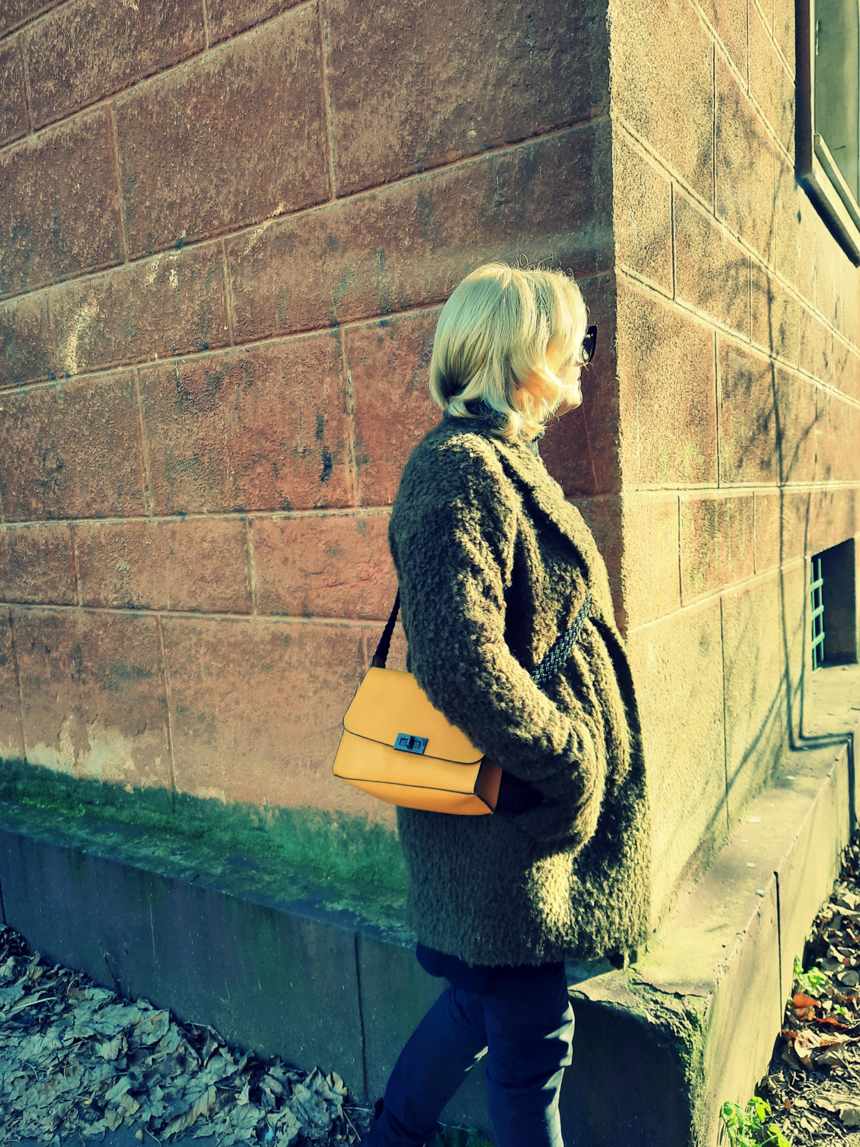 Spune-mi cum iti este geanta ca sa iti spun cine esti!