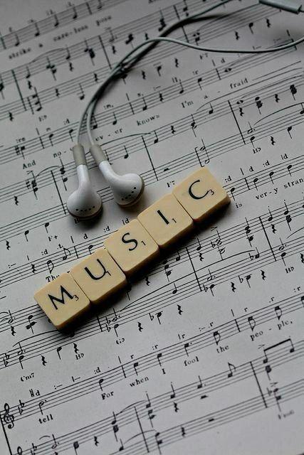 Top 10 melodii care îți vor schimba starea ( în bine )